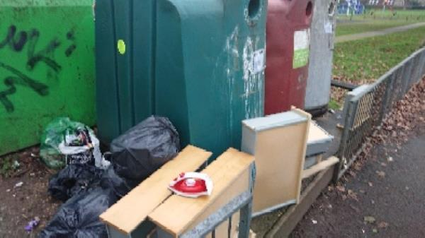 House old waste removedl fly tipping on going at this site -127 Cranbury Road, Reading, RG30 2TD