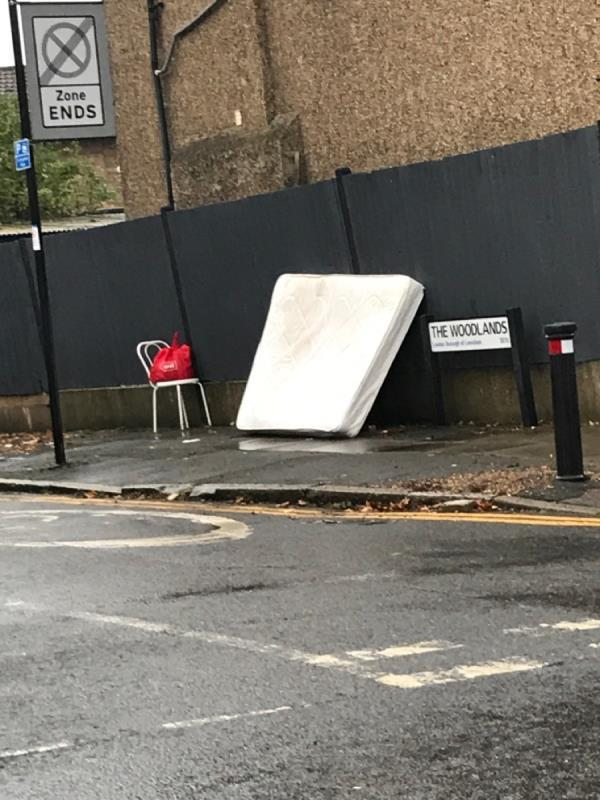 Mattress- Stainton rd junction The Woodlands-24 Stainton Road, London, SE13 6TX