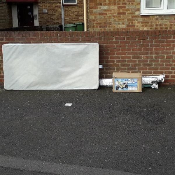 bed base -33 Bethell Avenue, London, E16 4