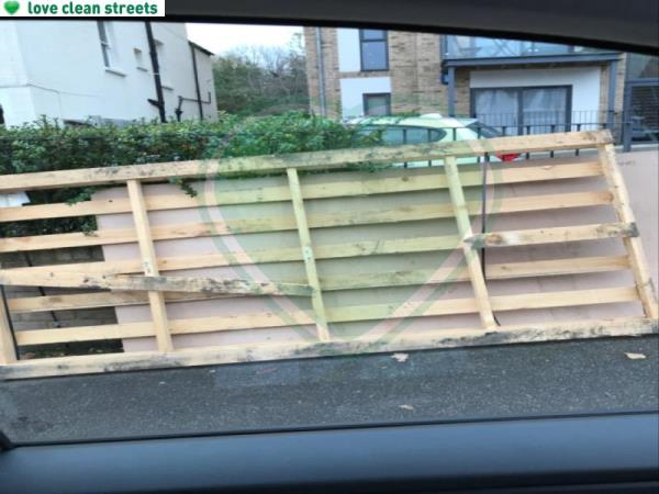 Large pallet -38 Montem Road, London, SE23 1SH