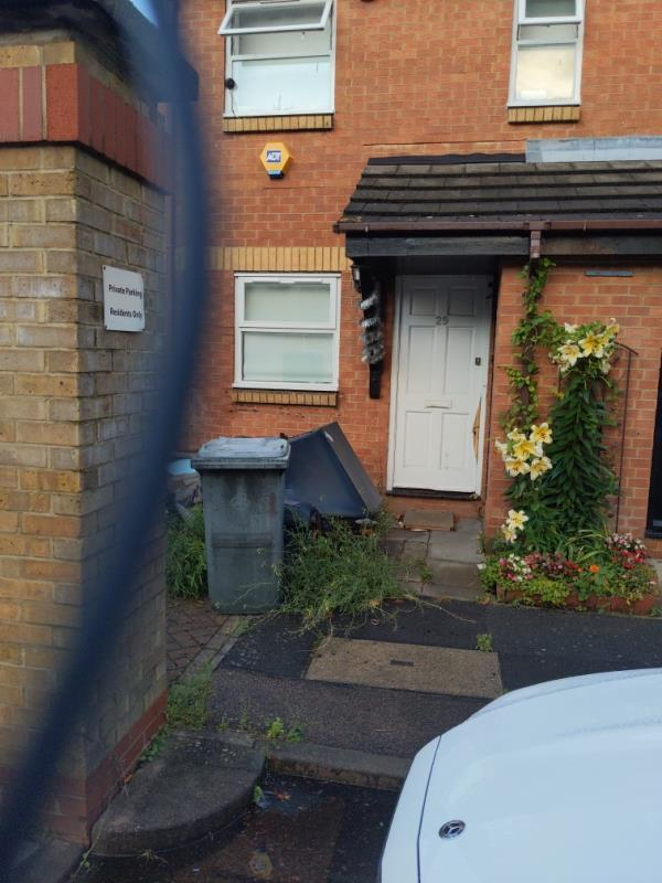 Fly tip outside no 29 for months now. -31 Nutmeg Close, Canning Town, E16 4NN