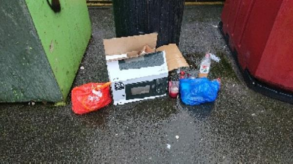 House old waste removedl fly tipping -3 Baker Street, Reading, RG1 7LJ