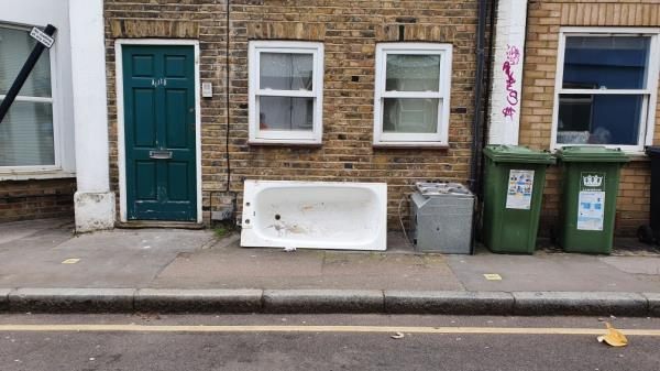 Bath tub and oven dumped-136a Tanner's Hill, London, SE8 4QD