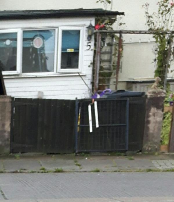 More scrap metal discarded on footway.-5 Camfield Rise, Leicester, LE2 9BH