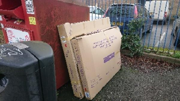 House old waste removedl fly tipping -4 Canal Way, Reading RG1 3HJ, UK