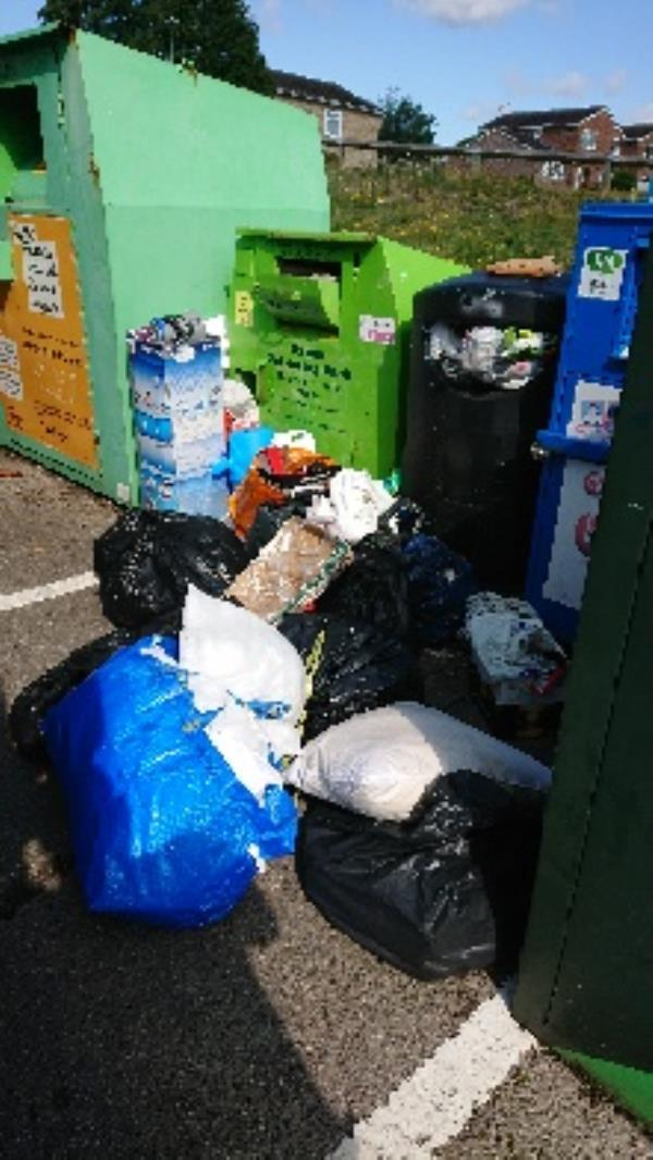 house old waste removedl fly tipping -95 Northbrook Rd, Reading RG4 6PW, UK
