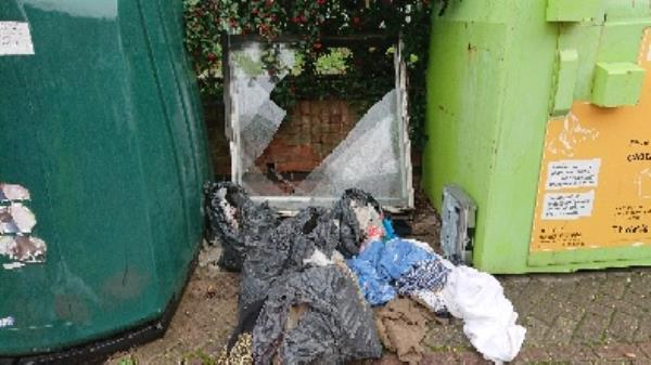 House old waste removed fly tipping on going at this site large amount removed-10 Arkwright Road, Reading, RG2 0LU