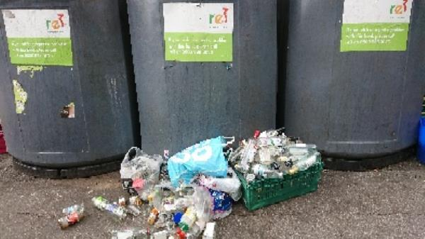Bottle banks full needs to be emptied cleared excess bottle s -32 Erleigh Road, Reading, RG1 5NA