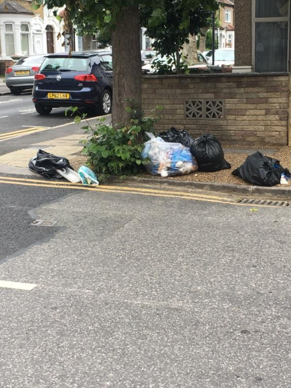 rubbish-71 Streatfeild Avenue, East Ham, E6 2LA