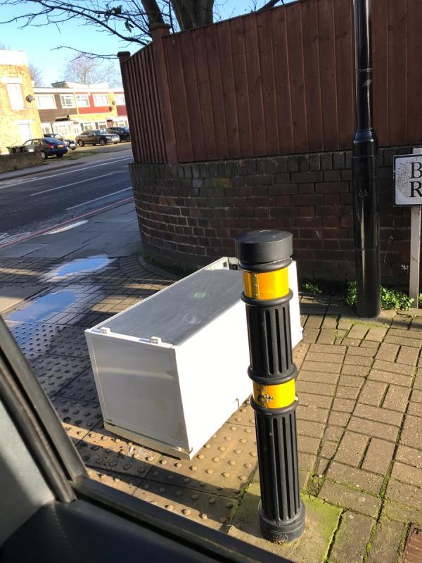 Fridge Beechfield Road j/w Stanstead Road -20 Winterbourne Road, London, SE6 4UQ