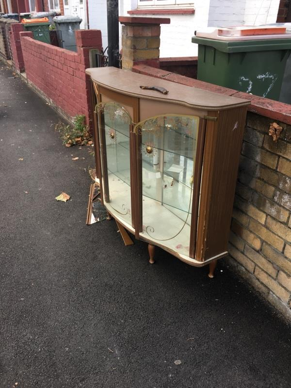 Drawer left on pavement-42a Wall End Road, London, E6 2NR