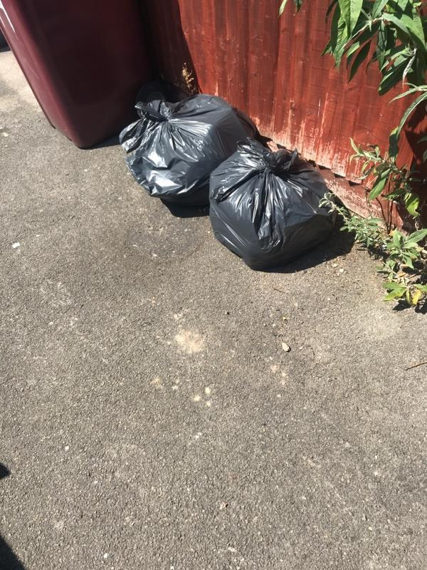 Fly tipping Clarendon rd-26 St Peters Road, Reading, RG6 1PA