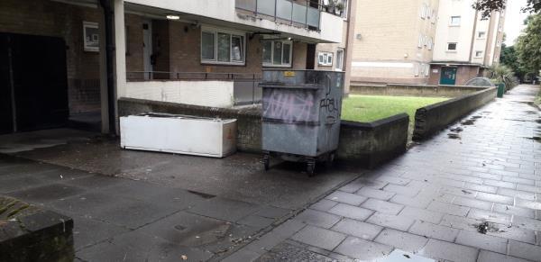 fridges -Howard House Evelyn Street, London, SE8 5QS