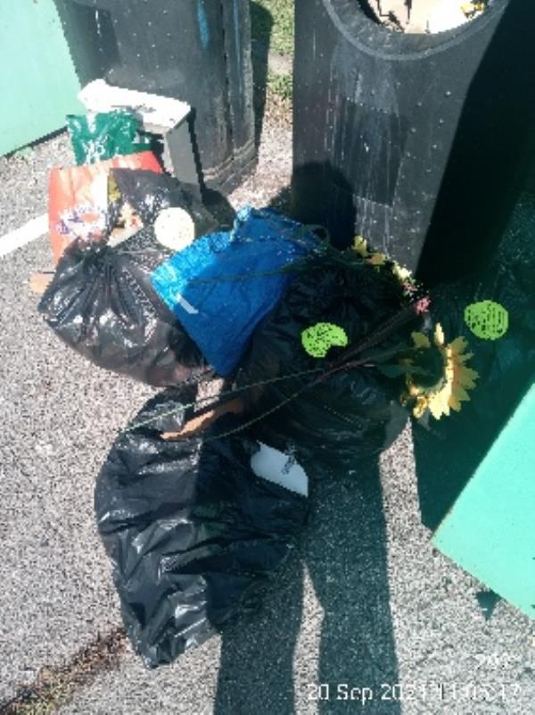Please clear all rubbish at the milestone centre -28 Northbrook Road, Reading, RG4 6PW