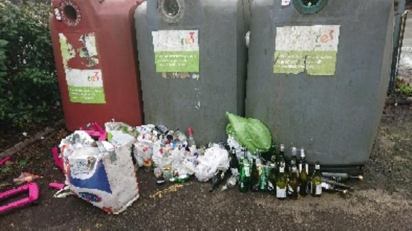 Bottle banks full needs to be emptied cleared excess bottle s -Thames Promenade, Richfield Ave, Reading RG1 8BD, UK