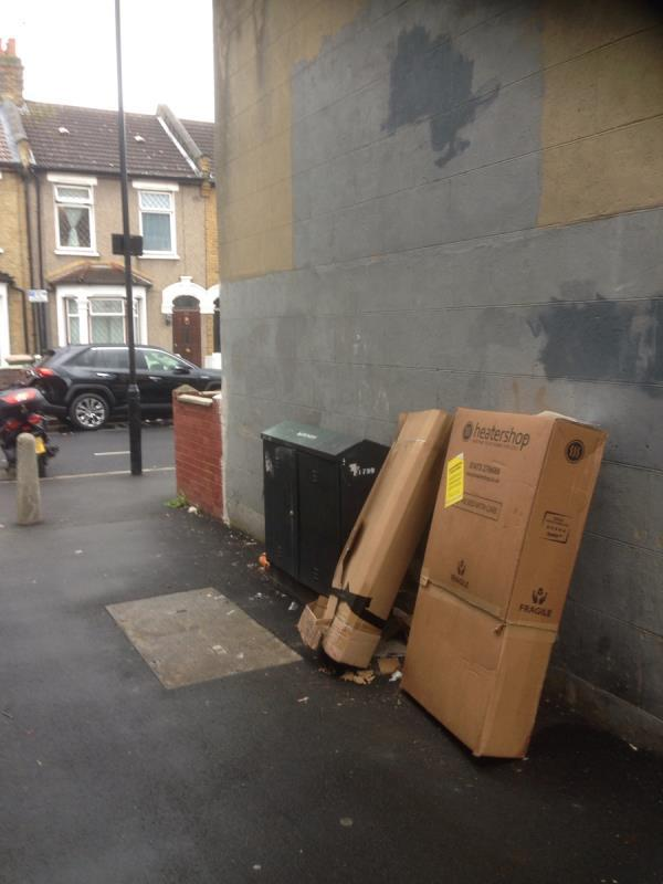 2 cardboard boxes-51 Perth Rd, London E13 9DS, UK