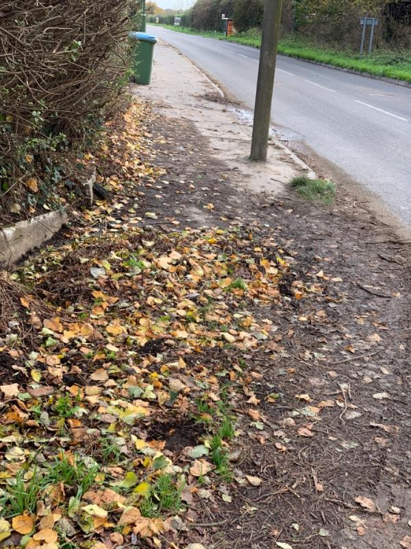 Build up of mud on pavement from new housing developments in Yapton. The pavement floods when it rains and is slippery and dangerous. The road sweeping adds to the build up of debris on the pavement.-4 Burndell Road, Arundel, BN18 0HX