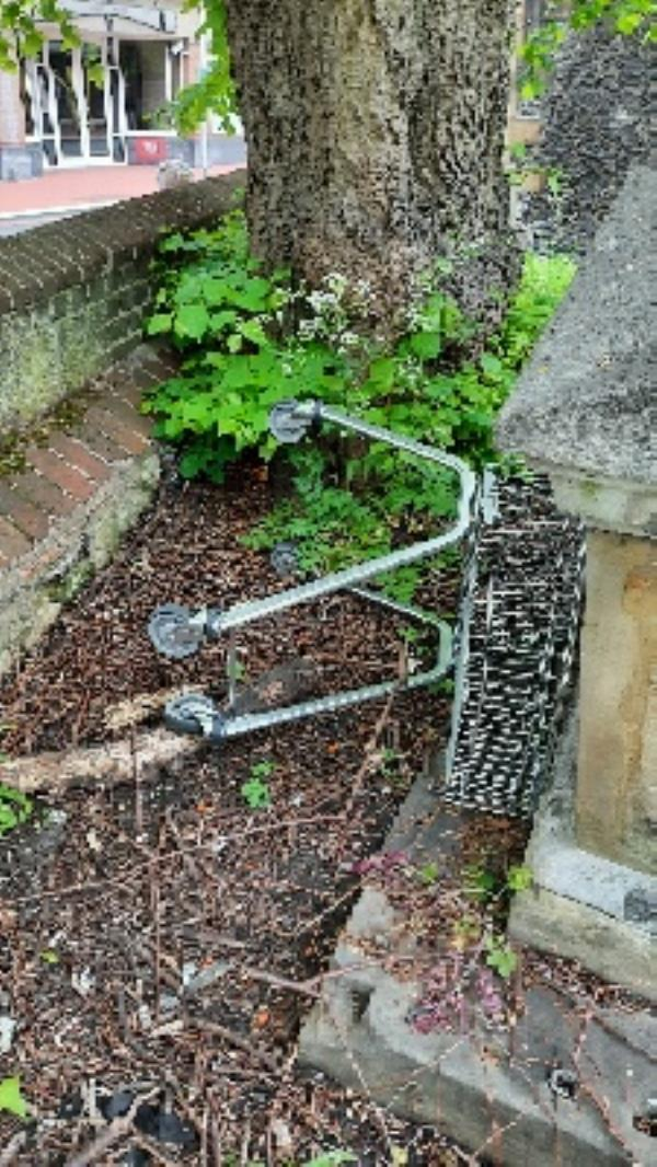 M and S trolley in churchyard by South wall-10-12 The Forbury, Reading, RG1 1AR