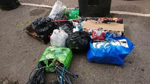 House old waste removed fly tipping on going at this site -259 London Road, Reading, RG1 3PA