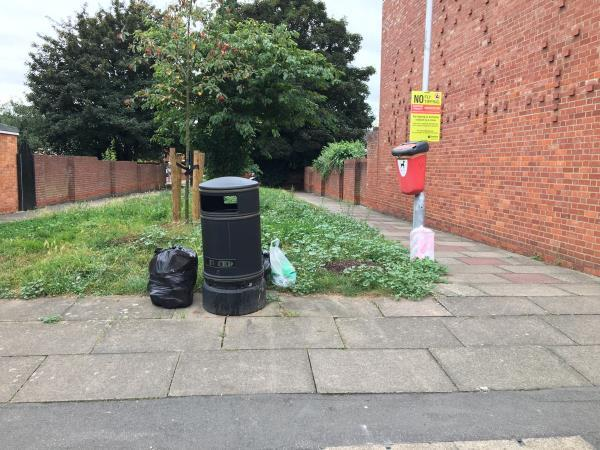 Loads of rubbish left out-112 Amity Road, Reading, RG1 3LL