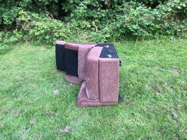 Dumped sofa chair on stokes wood park please remove  Regards PCSO 6538 smith -10 Comet Close, Leicester, LE3 9RA