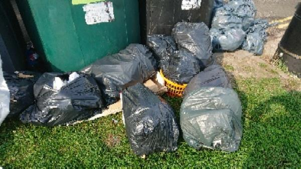 House old waste removedl fly tipping has been investigated -31 Whitley Street, Reading, RG2 0EG