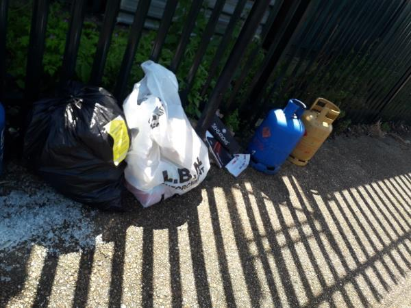 4x has canisters 2x waste bags  image 1-1 Mortham Street, London, E15 3LS