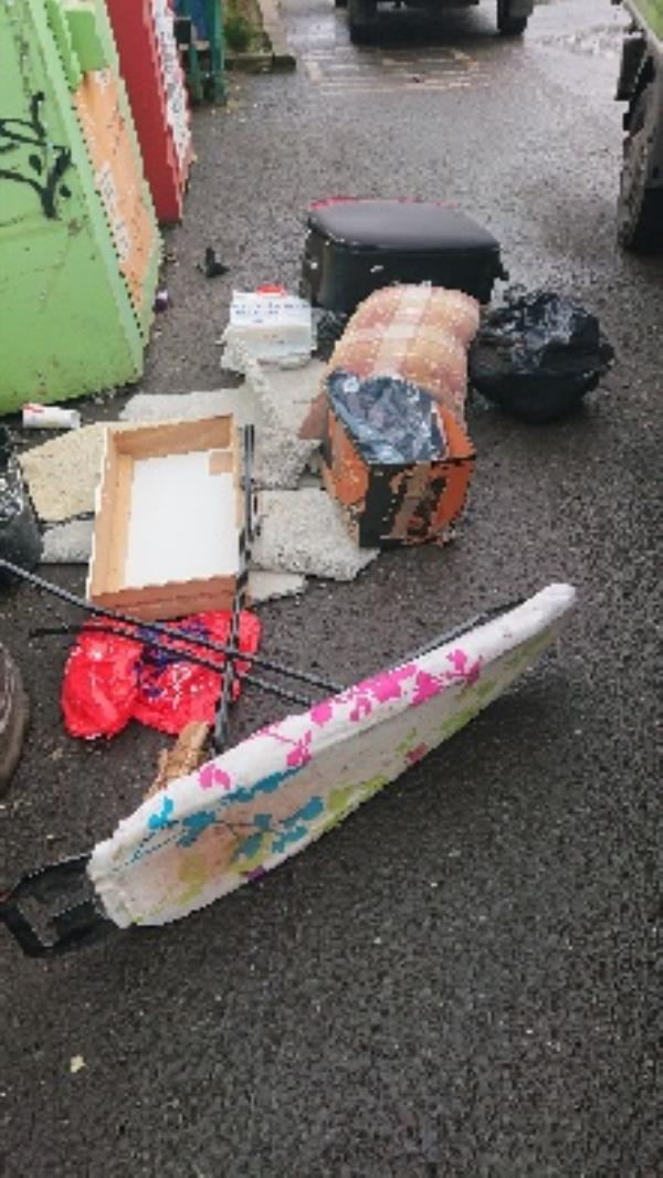 House old waste removed fly tipping on going at this site -37 Kingfisher Place, Reading, RG1 8BQ