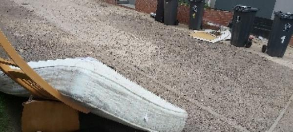 mattress and wood dumped-162 Cavendish Road, Leicester, LE2 7PJ