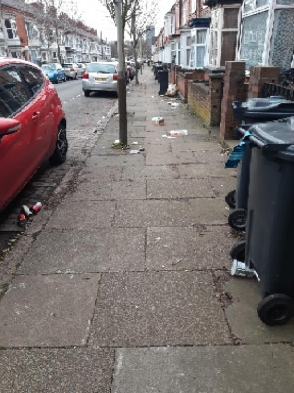 litter on street-151 Barclay St, Leicester LE3 0JB, UK