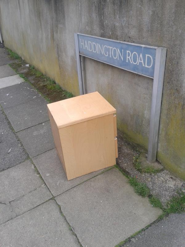 Junction of Haddington Road. Please clear wooden unit-41 Oakridge Rd, Bromley BR1 5QW, UK