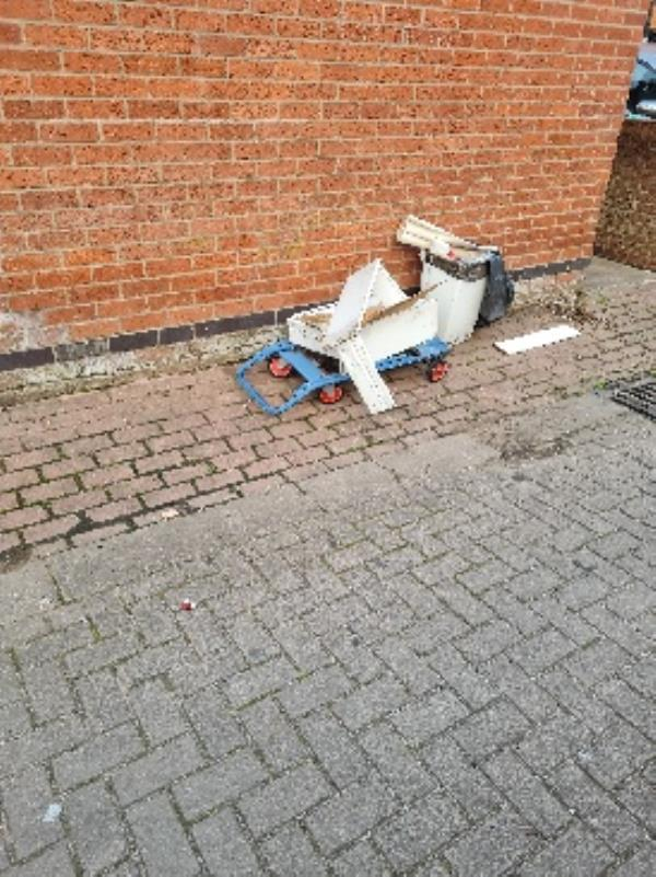 fly tipping at Biddulph avenue  image 1-291 Mere Road, Leicester, LE5 5GS