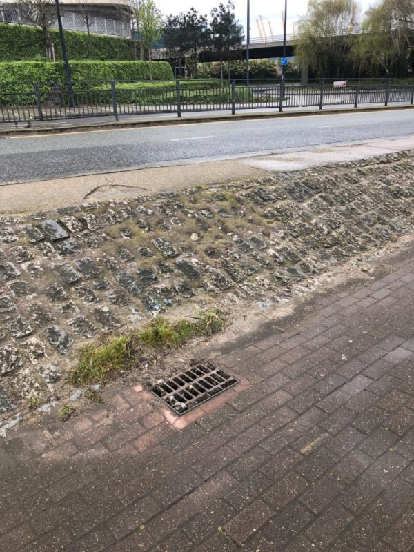 Blocked drain -28 Tidal Basin Rd, Royal Docks, London E16 1AD, UK
