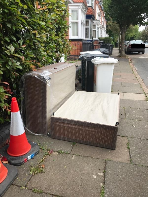 Fly tipping and constantly blocking the pavement with 13 wheelie bins on Sykefield Avenue-146 Barclay Street, Leicester, LE3 0LA