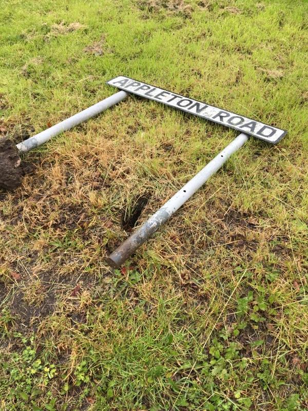Road sign down. -7 Appleton Rd, Upton, Chester CH2 1JJ, UK