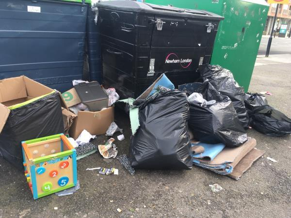 This picture was taken today at the recycle bins opposite Wanstead Park Station. Yet another clear out!😡 -37 Clinton Road, London, E7 0HD
