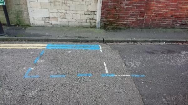 Blue paint on the road -10 Eldon Road, Reading, RG1 4DH
