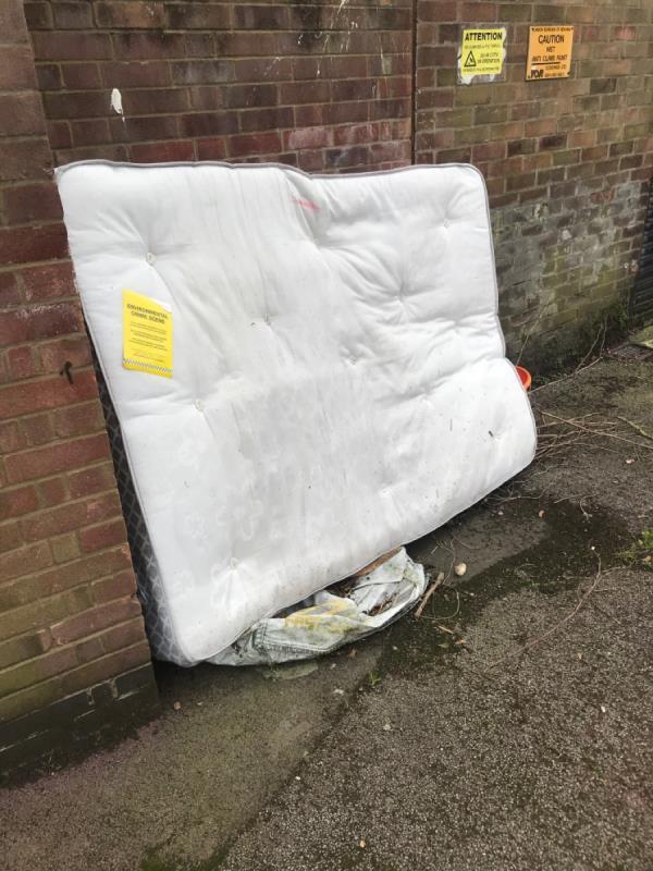 Double mattress -82 Vicarage Lane, London, E6 6DG