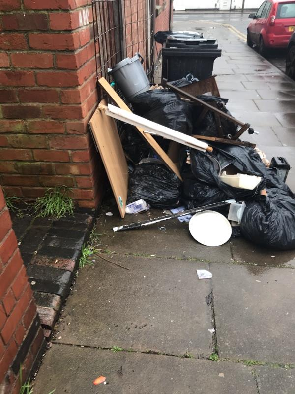Builders maintenance work done on Monday 11th jan to flats at 32 Beatrice road the builder has just left the rubbish and waste outside number 1 Oban since -1a Oban Street, Leicester, LE3 9GB