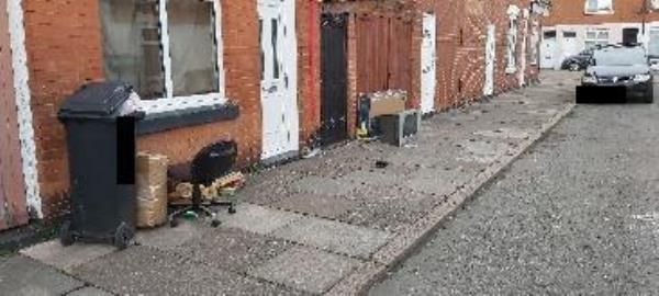 Dumped items outside Warren Street-5 Warren St, Leicester LE3 5JR, UK