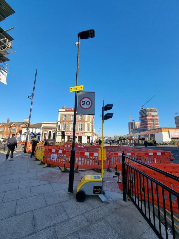 Street light not working -South Road, London, UB1 1RB