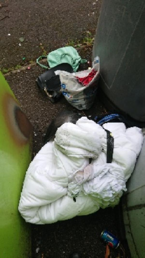 House old waste removedl fly tipping on going at this site -65 Hexham Road, Reading, RG2 7UA