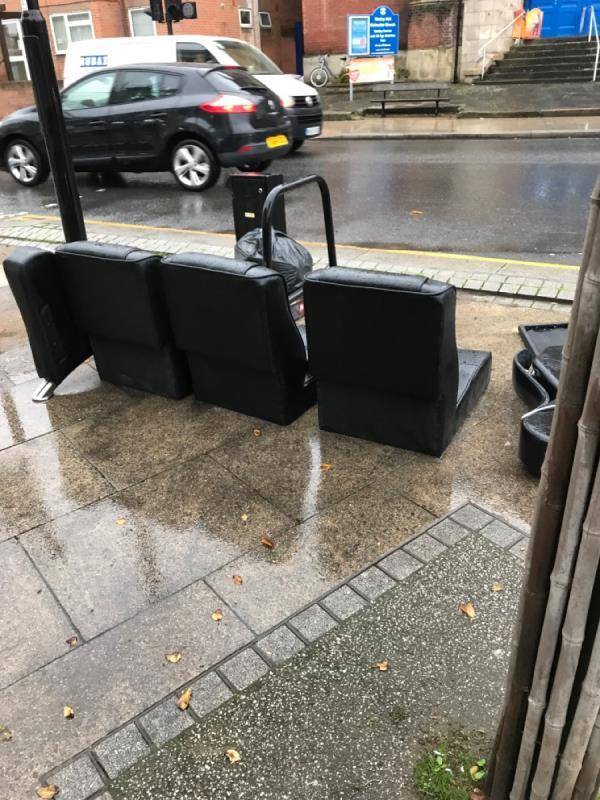 Sofa-170 Sydenham Road, London, SE26 5JZ