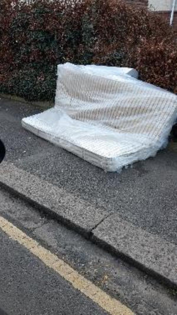 flytipping of mattress-The Copse Salisbury Road, Reading, RG30 1BN