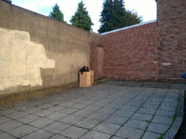 chest bag-12 Fox Cl, London E16 1NU, UK