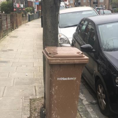 Could you please remove this? It's been sitting here for a couple of weeks. Thanks. -79 Carysfort Road, London, N16 9AD