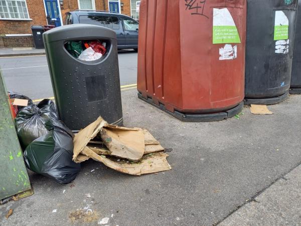 Household waste flytipped image 1-3 Baker Street, Reading, RG1 7XT