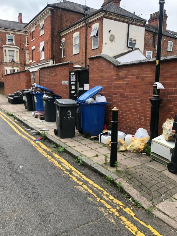 Rubbish left on the street -22 Highfield Street, Leicester, LE2 1AB