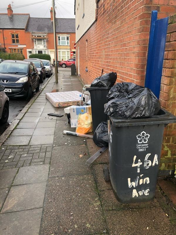 Fly tipping blocking pavement -46 Winchester Avenue, Leicester, LE3 1AW