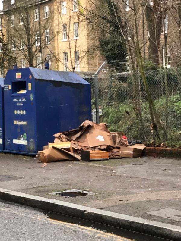Wood - box's Blackheath Grove -3 Blackheath Grove, London, SE3 0DH
